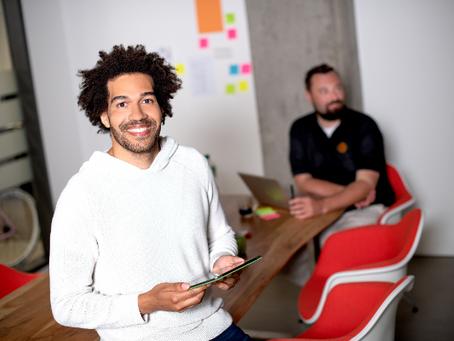 IST-Hochschule bietet interaktives Lernerlebnis durch Business-Simulation