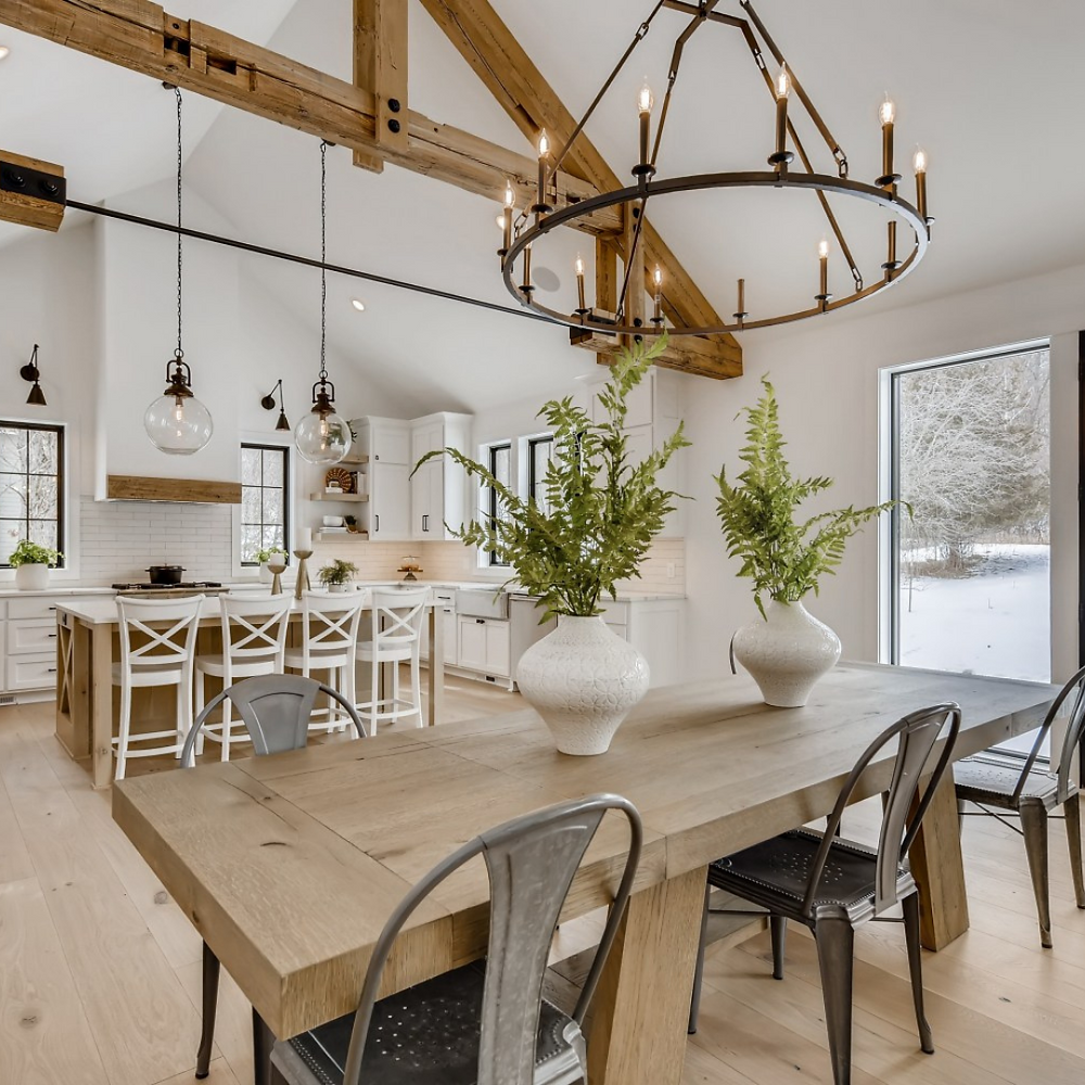 High vaulted ceilings and beam details