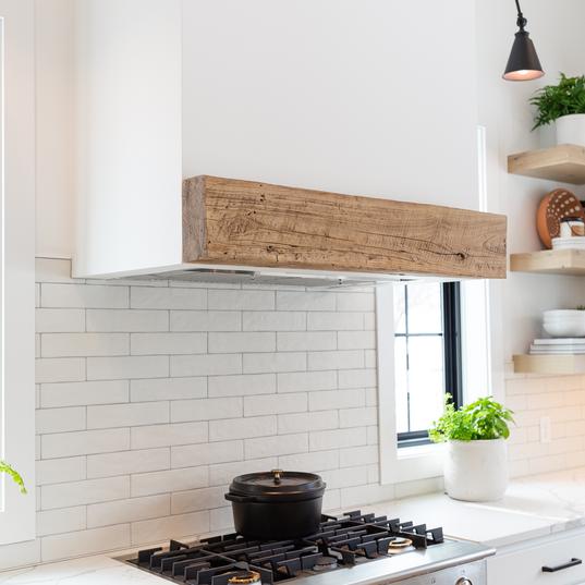 Kitchen hood mantel