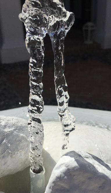 Running water in a jet