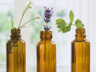 ESSENTIAL OILS – WHAT IS IT?