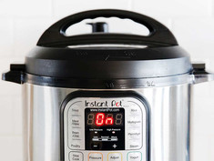 How to make Yogurt at home with Instant Pot.