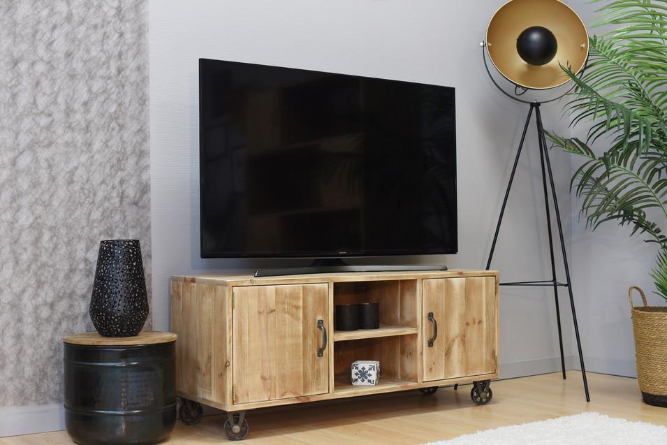 """""""Marius"""" TV stand"""