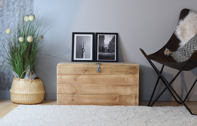 """The """"Hugo"""" decoration wooden chest"""