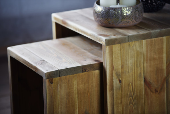 """""""Jeanne"""" pull-out coffee table"""
