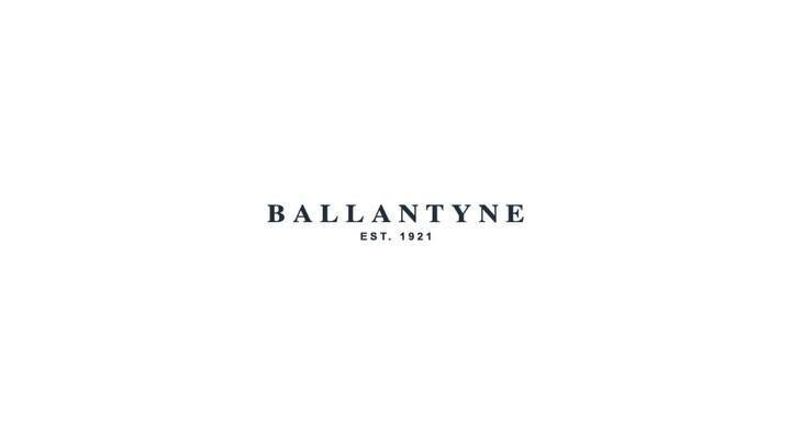 A timeless atmosphere that enhance the creations of the Ballantyne FW 18-19 | Women Collection
