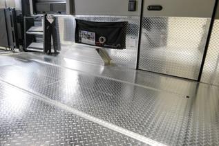 Trail Wagon - Full Floor Metal Diamond Plate Option