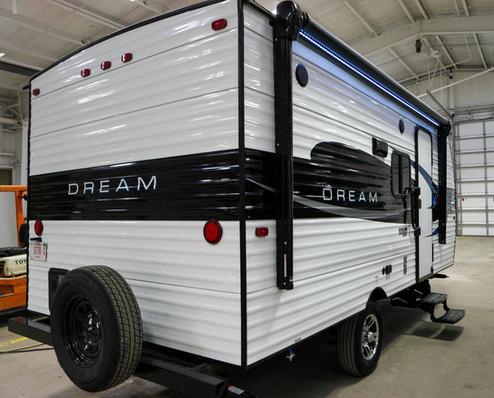 DREAM D175BH Rear Exterior