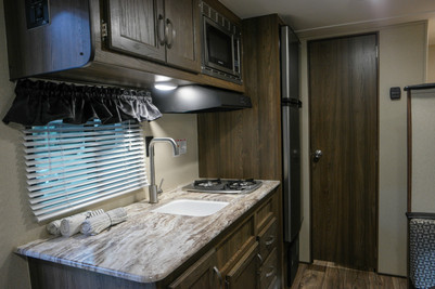 DREAM D175BH Kitchen