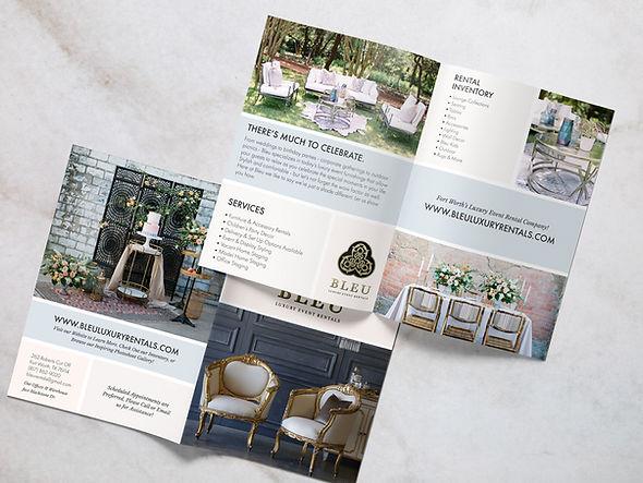 Bleu-Brochure-Mockup.jpg