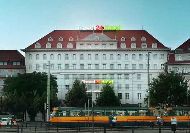 Ringmessehaus Leipzig Travel 24 Hotel fca Außenansicht Dämmerung