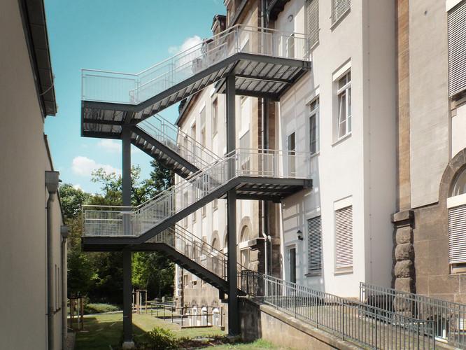 UKD Haus 15 Treppe fca