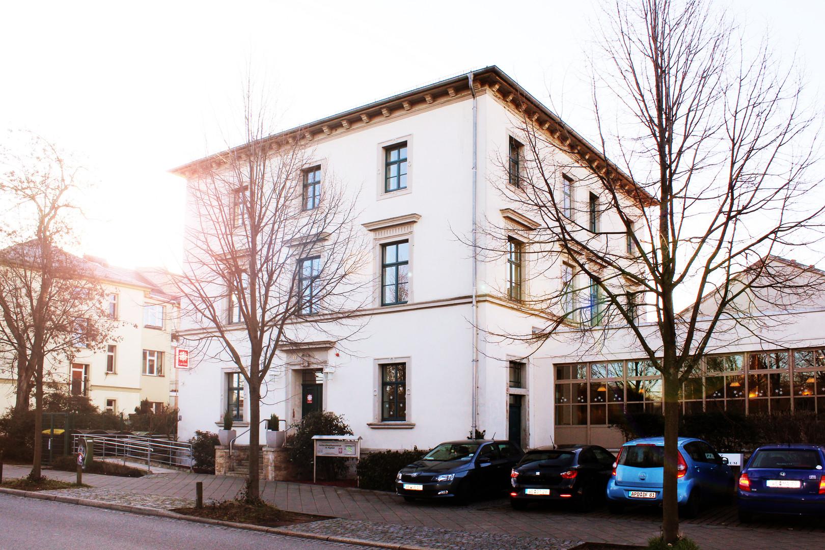 Altenpflegeheim St Raphael Weimar Fassade fca GmbH