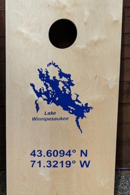 NH Lake Winnipesaukee Cornhole Set w/ 8 bags