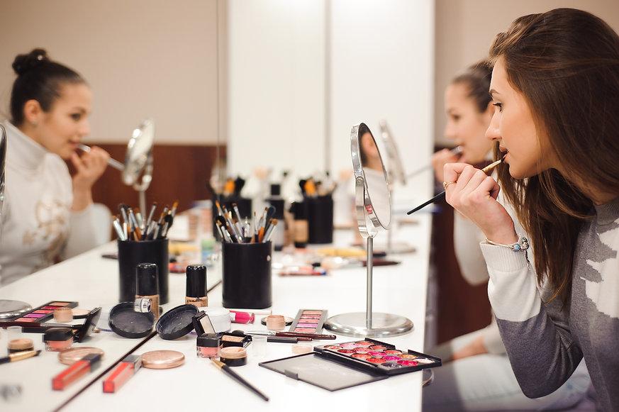School of makeup..jpg