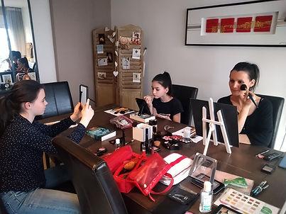 Atelier maquillage adolescentes paris
