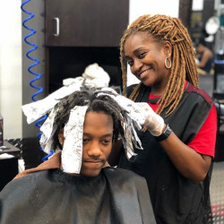 _hairbythequeenmb The #queen doing what