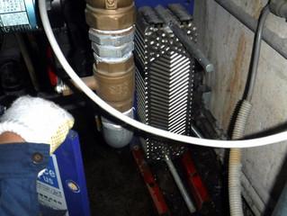 熱交換器洗浄中です