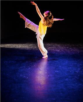 "Natalie Boegel in Samantha Hopkin's ""Burst"" photo by Matt Roth"