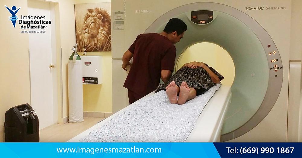 Detección de Cáncer por Tomografía