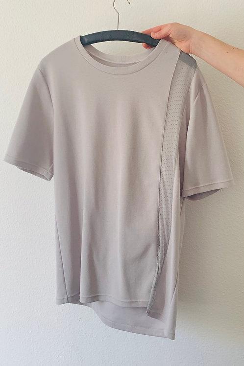 T-Shirt Voyeur