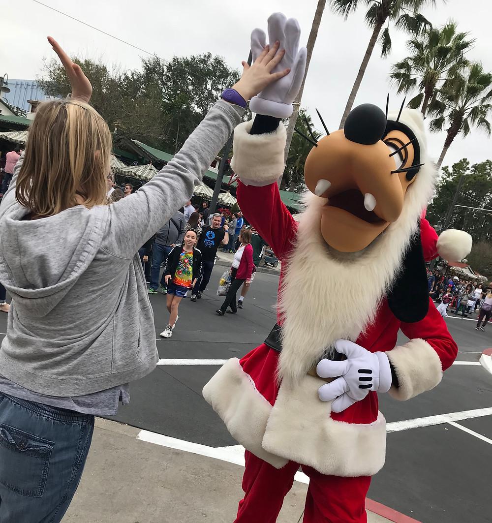 Santa Goofy