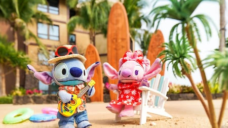 Stitch and Angle NuiMOs are hanging out in their traditional Hawaiian pop culture outfits.