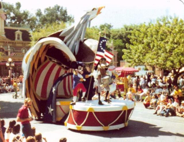 Disneyland - American Gazette Parade