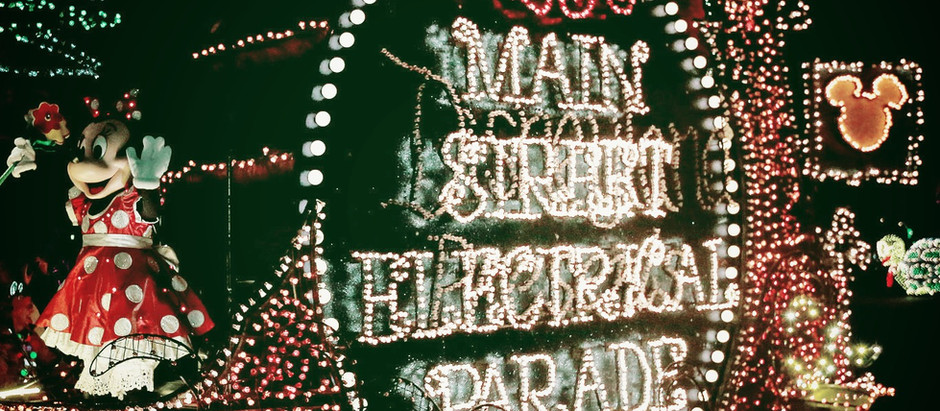 Podcast No. 0004: Main Street Electrical Parade and the history according to Disney.
