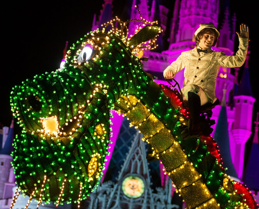 Pete's Dragon-Main Street Electrical Parade