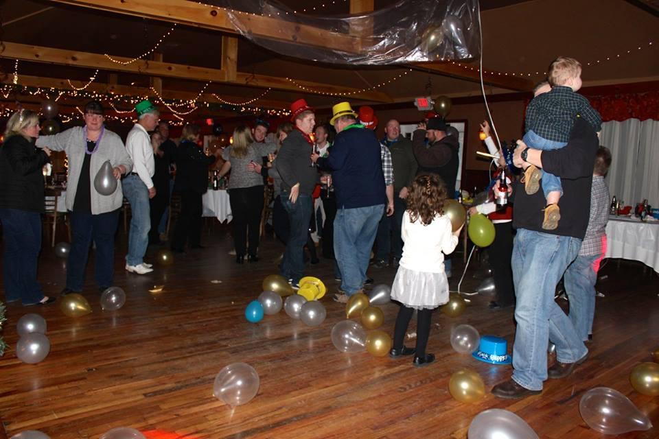 Fun Holiday Party The Shamrock House Catskill Mountains Greene County.jpg