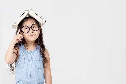 Si no lees, no sabes escribir;      y si no sabes escribir, no sabes pensar.