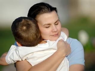¿Cómo abrazas a tus hijos?