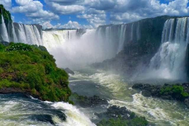 Cataratas del Iguazu- AKHET VIAJES