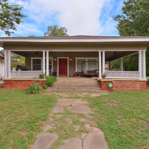Gatewood Bungalow Close to the Plaza District