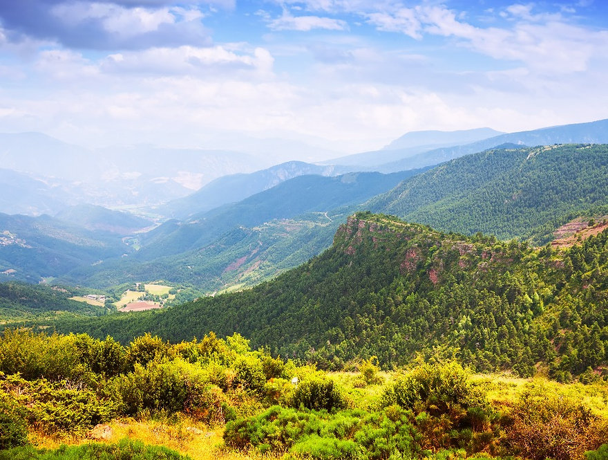 Pyrenees mountains landscape_edited.jpg