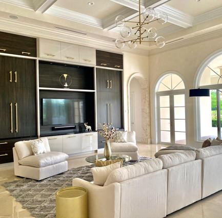 Chic & Stylish Great Room