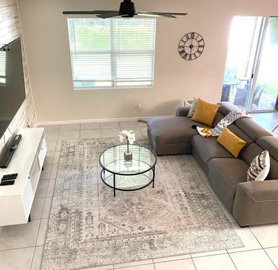 4059 Tokoka Dr. Living Room