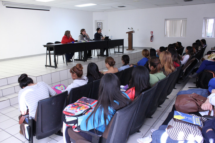 Coloquio: ¿hacia dónde van las Ciencias Sociales?