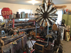 LuAnns Antiques and Collectibles