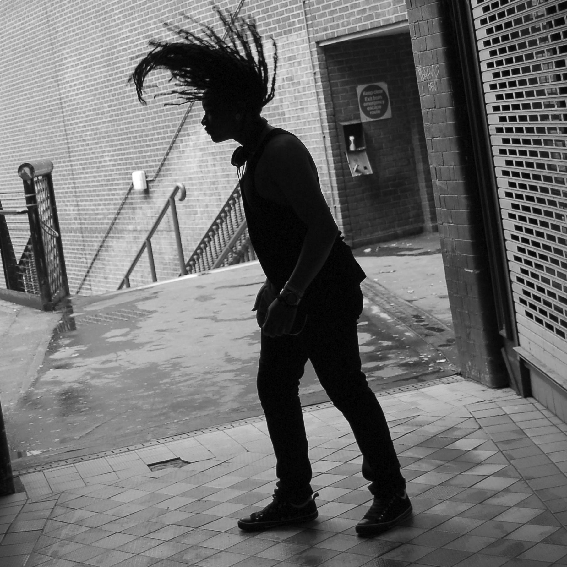 hair swinging
