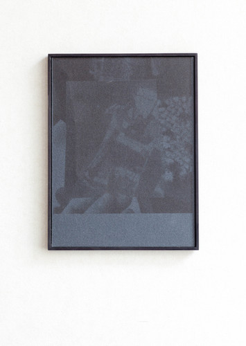 Dancer II, archival pigment print on sandpaper, 27x 21 cm, 2018