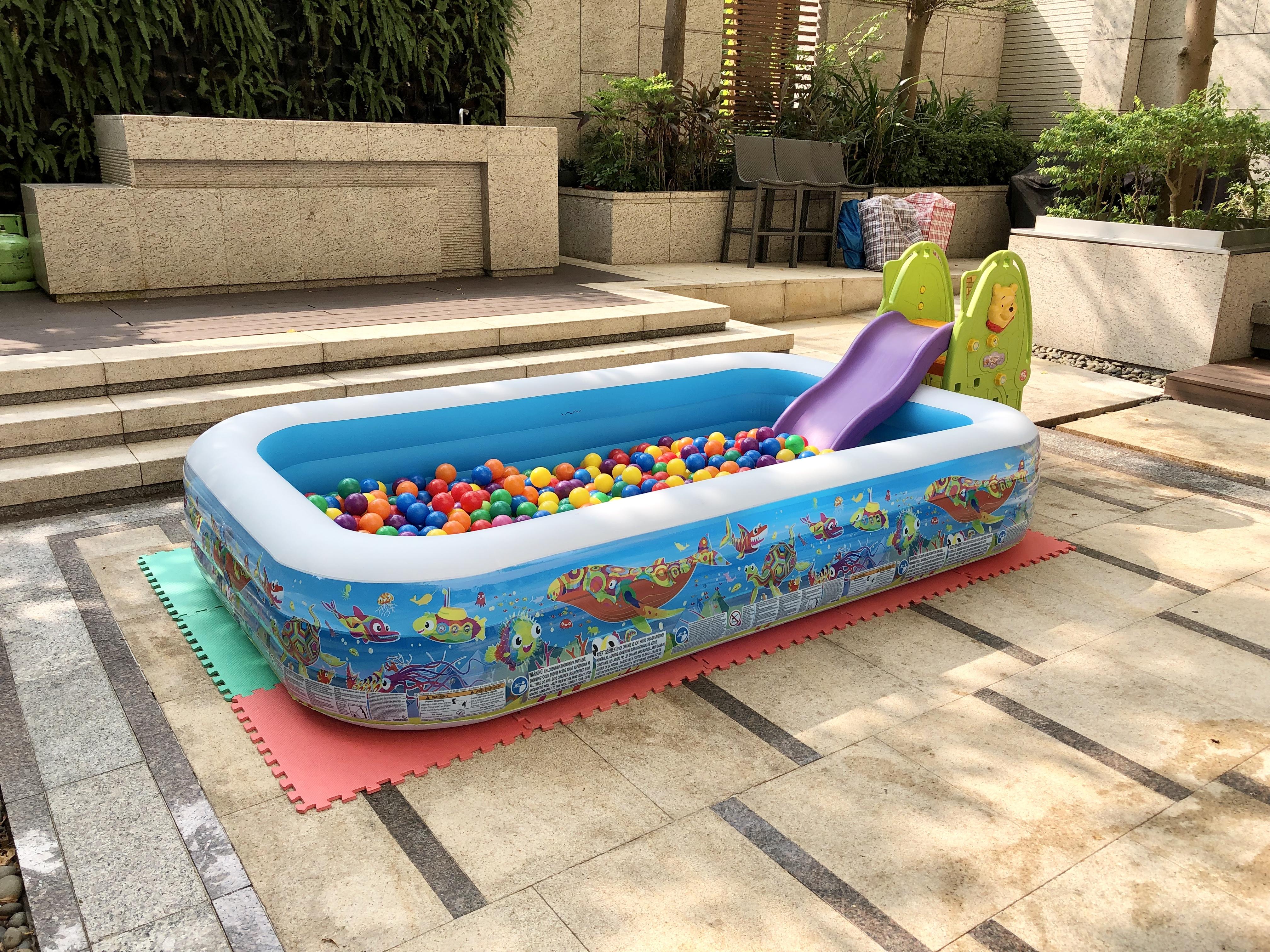 Jumbo Ball Pool