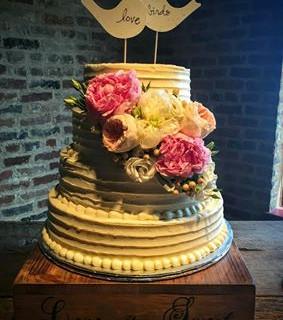 Cake Courtny.jpg