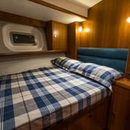 Kraken 66ft Yacht Luxury Interior Double Bed