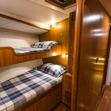 Kraken 66ft Yacht Luxury Bunks