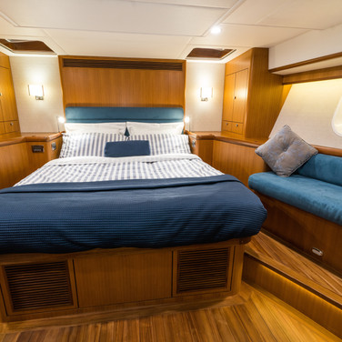 Kraken 66 ft Yacht Luxury Cabin