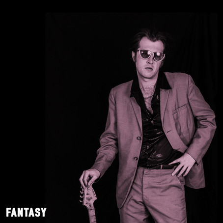 """Fantasy"" - Kristian North | Review"