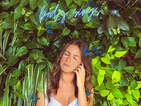 """Body Sings"" - Jessie Lee | Review"