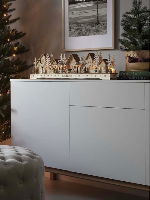 KS014  Long Wooden Silhouette Winter Scene (lights up)